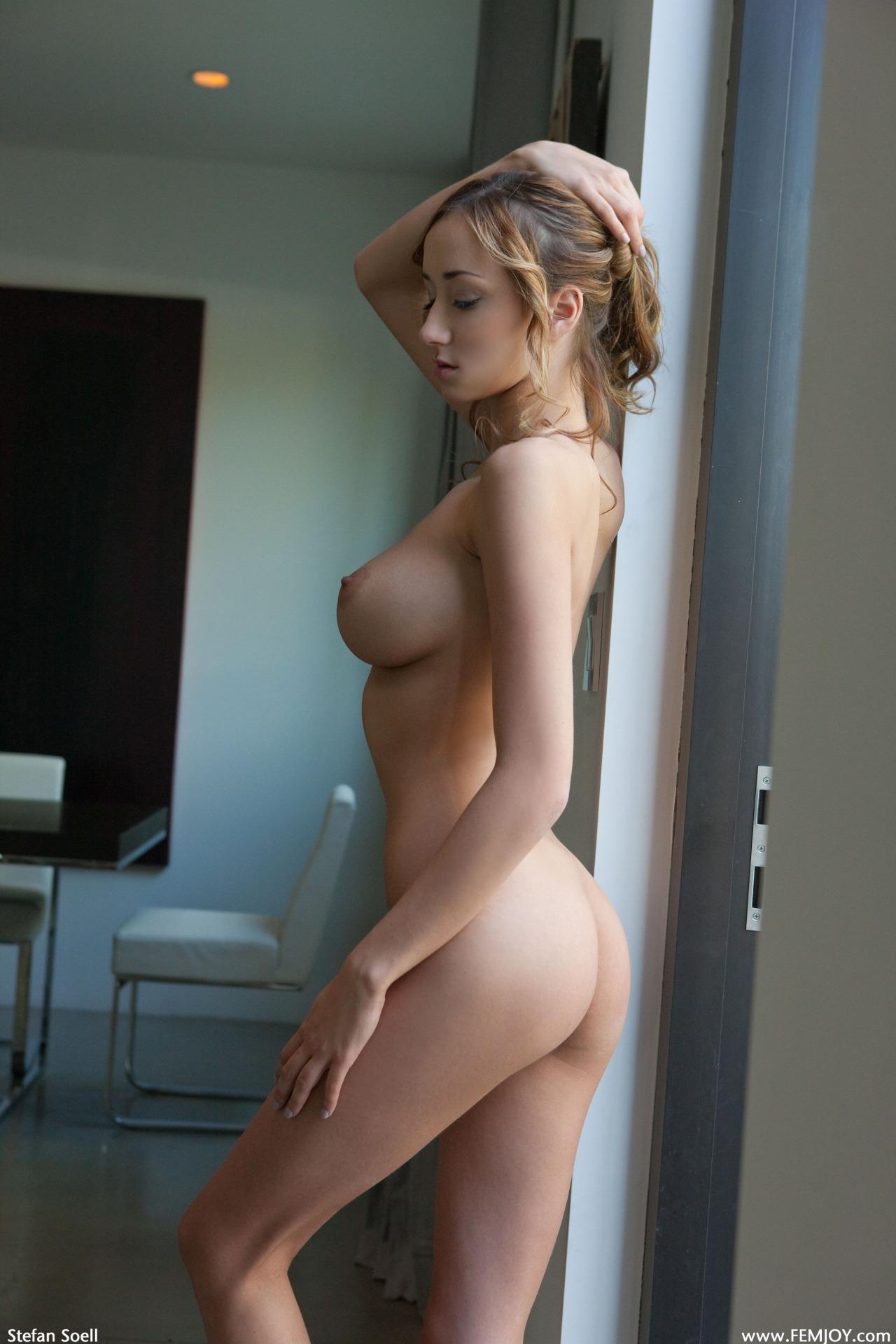 gros seins pour branlette dans le 20