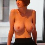 grosse poitrine naturelle femme du 18 pour branlette