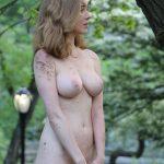 grosse poitrine naturelle femme du 74 pour branlette