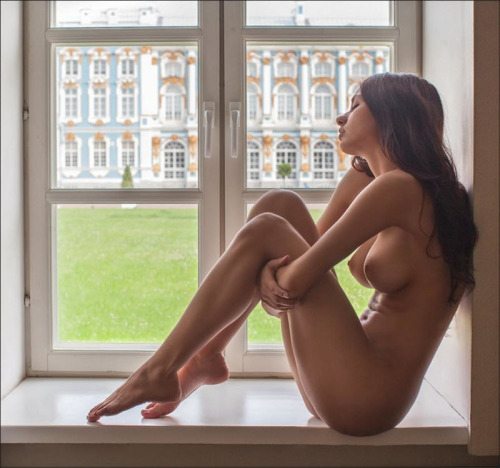 webcam femme nue dans le 063